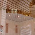 подвесной-потолок-в-ванной-комнате