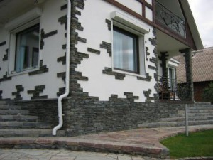 Украшение фасада облицовочным камнем