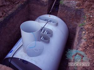 монтаж септика в подготовленную яму