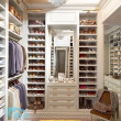 Интерьер-гардеробной-комнаты